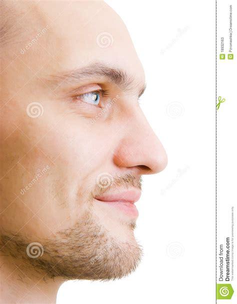 fotos para perfil varon hombre joven sin afeitar de la cara en perfil imagen de