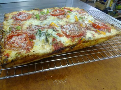 65 hydration pizza dough learning knowledge to make pizza a few more toppings for