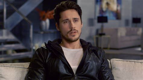 film queen of the south interview peter gadiot videos queen of the south