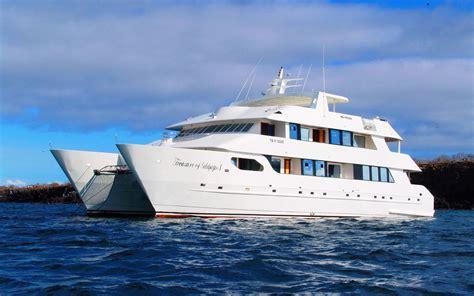 galapagos islands boats galapagos tours treasure of galapagos yacht galapagos