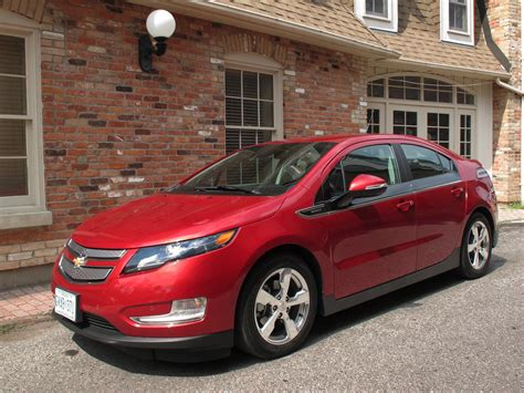 2014 Chevy Volt Review by 2014 Chevrolet Volt Chevy Performance Review The Car