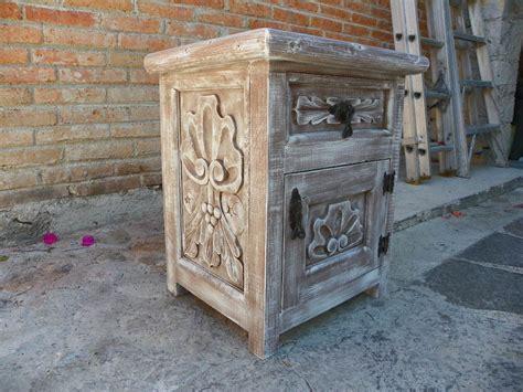 buro vintage blanco bur 243 vintage tallado en madera y con decapado antiguo