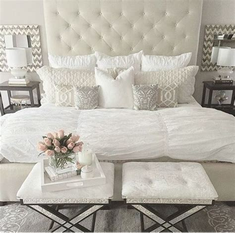 tufted bedroom furniture 25 best ideas about white headboard on white