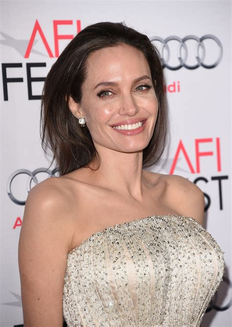 angelina jolie angelina jolie frustrated and hurt as brad pitt