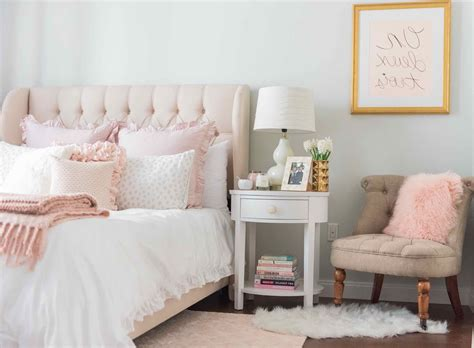pink walls bedroom light pink and white bedding