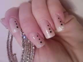 latest fun tow fun stylish but simple and easy nail art