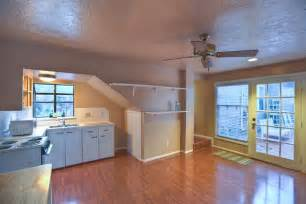 garage with upstairs apartment 1523 michigan st houston tx 77006 har com