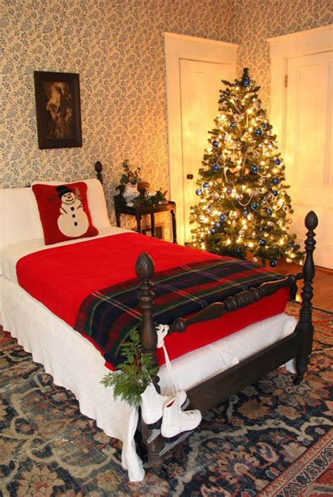 christmas bedrooms christmas bedroom decorating ideas 31 all about christmas