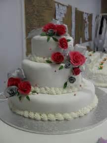 traditional wedding cakes traditional wedding cakes suronah bridal boutique