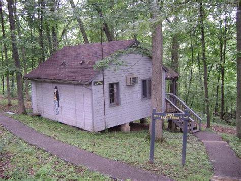 small cabin room picture of abe martin lodge nashville