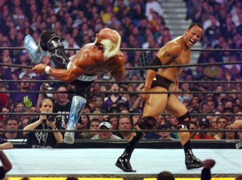 dwayne the rock johnson vs hulk hogan passing of the torch similarity between rock and hogan