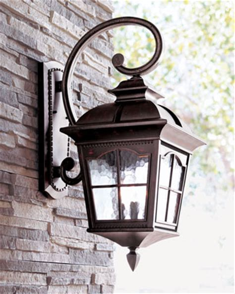 colonial outdoor lighting for the pet lover