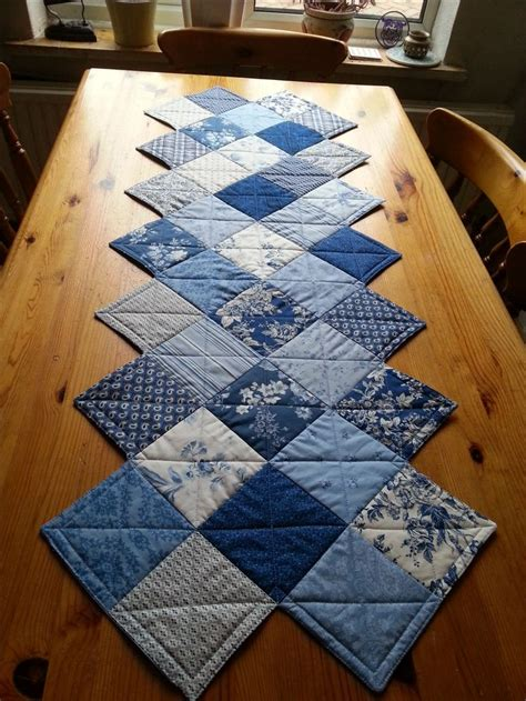 7 Free Small Quilting Projects The Quilting Company - best 25 quilt table runners ideas on