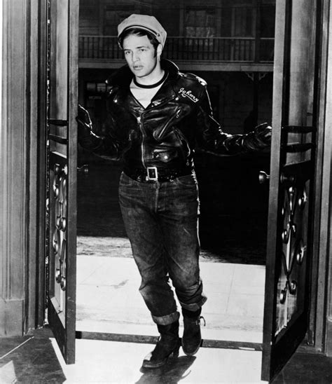 Marlon brando effortlessly captures hollywood s take on the fearless