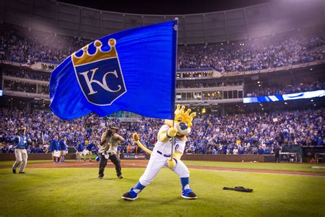 kansas city royals fan fest 2018 kansas city royals what to expect from new prospects