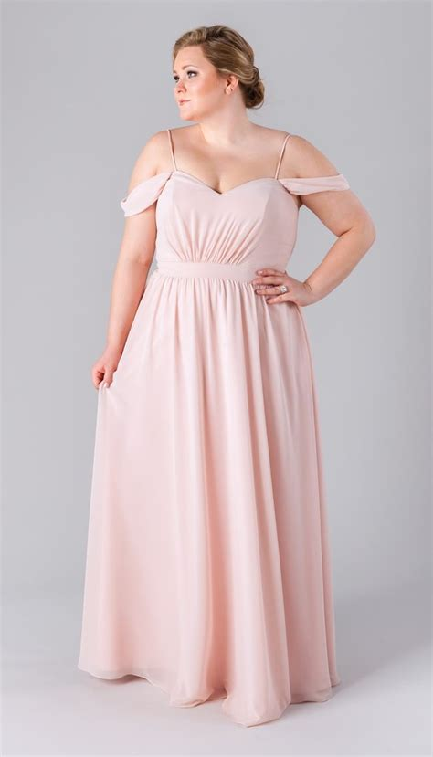 Plus Size Bridesmaid Dress by 6 Incredibly Flattering Plus Size Bridesmaid Dresses