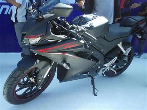 r15 new version 2017 yamaha r15 v3 0 unveiled most powerful bike