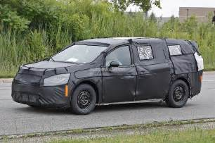 Chrysler Town And Country Trim Levels 2015 Chrysler Town Country Adds New Trim Levels Lower