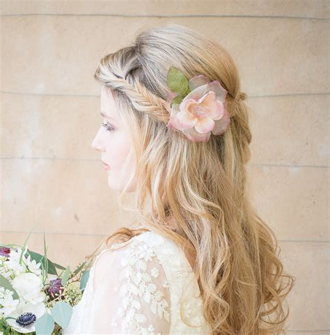 Wedding Hair Accessories Flowers Uk by Hair Accessories From Award Winning Chez Bec Bridal Jewellery