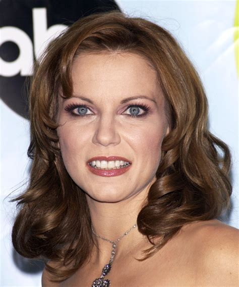 Martina Mcbride Hairstyles by Martina Mcbride Hairstyle Formal Wavy 2135 Auto