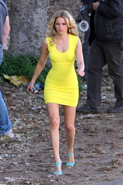 walk of shame elizabeth banks goes tight and bright for a funny new film