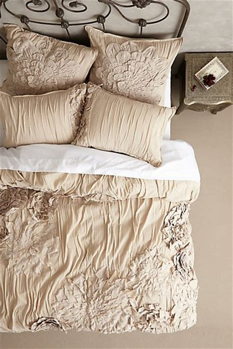 anthropologie bedding sale obsessed with gorgeous anthropologie bedding at 20 off