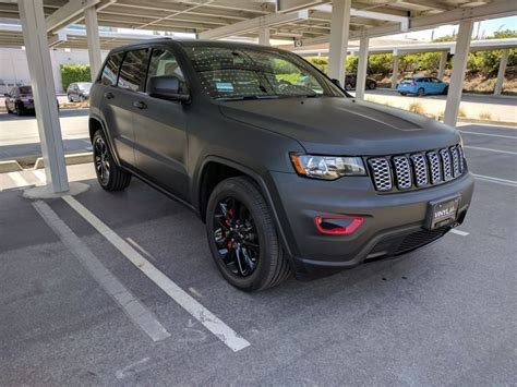 jeep grand cherokee vinyl wrap 2017 jeep grand cherokee altitude with matte black vinyl