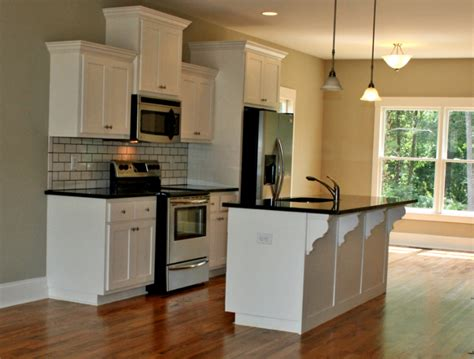 white maple kitchen cabinets white maple kitchen cabinets thomas built custom cabinets