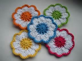 Free Easy Flower Crochet Patterns - 21 easy crochet coaster patterns guide patterns