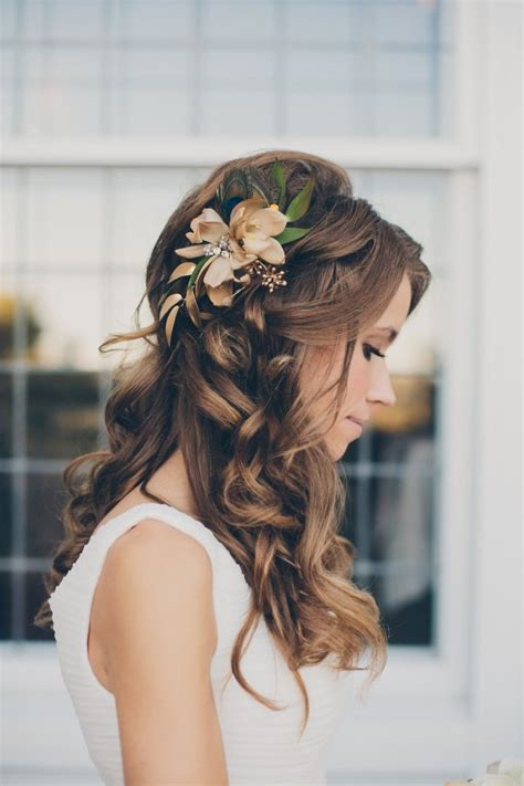 Wedding Updos With Flowers by 23 Glamorous Bridal Hairstyles With Flowers Pretty Designs