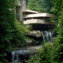 Falling Water House Fallingwater House By Frank Lloyd Wright Video Designrulz