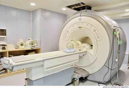 risonanza magnetica con contrasto alla testa tomografia assiale risonanza magnetica roma artemisia