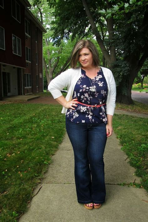 choosing the perfect casual outfits do you choose perfect clothes for your body shape