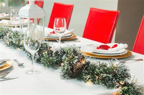 tips para decorar la casa en navidad ideas para decorar tu casa en navidad the home depot blog