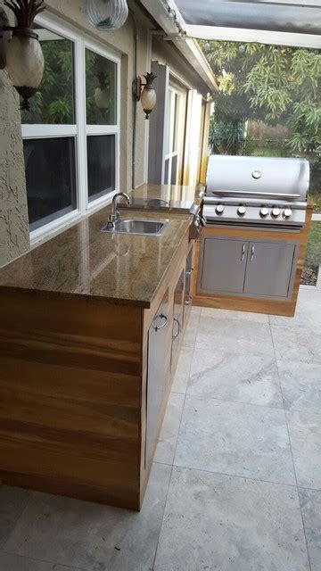 Outdoor Kitchen Tile by Wood Look Tile Outdoor Bbq Kitchen Modern Patio