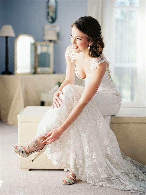 Best 25  Bride poses ideas on Pinterest   Bridal pics