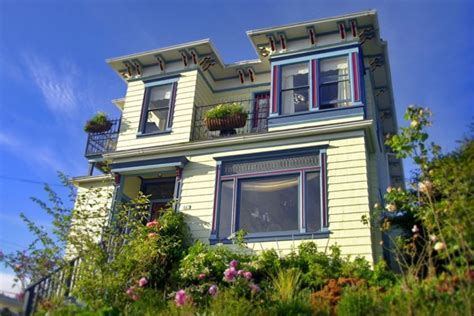 Cabins In Astoria Oregon by Astoria Oregon Bed And Breakfast And Vacation Rental Clementine S