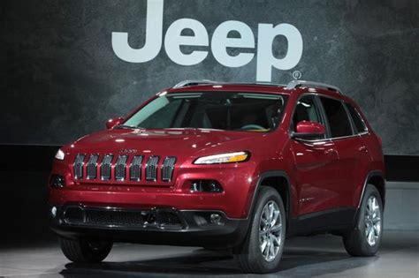 2014 Jeep V6 Towing Capacity 2014 Jeep Dramatic Improvements Autotrader