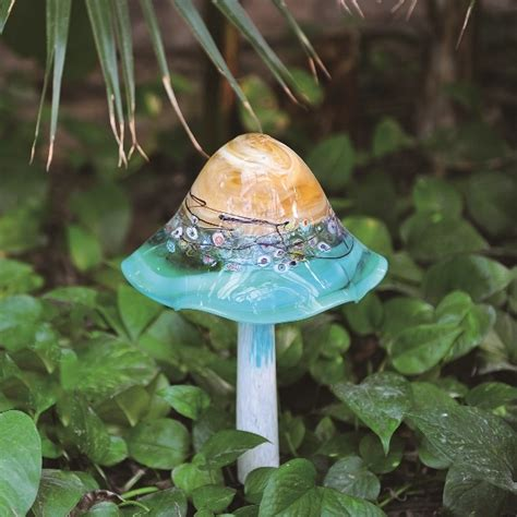 solar garden mushroom my wish list pinterest
