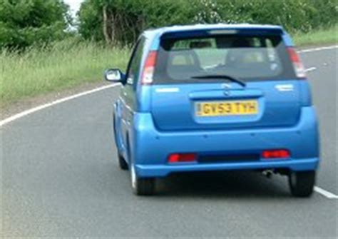 Suzuki Ignis 2004 Review 2004 Suzuki Ignis Sport Review Car Reviews By Car