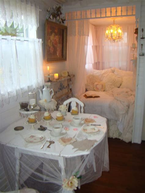 shabby chic tiny house 17 best images about tiny houses shabby chic on nooks shabby chic and house