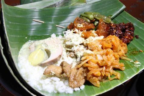 cara membuat opor ayam khas jawa tengah nasi ayam karang koja nasi khas semarang wisata kuliner