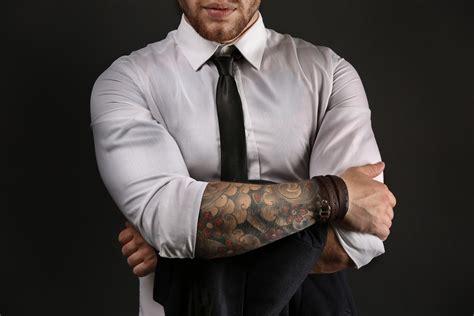 tatuaggi braccio interno tatuaggi sul braccio i pi 249 belli da uomo studentville