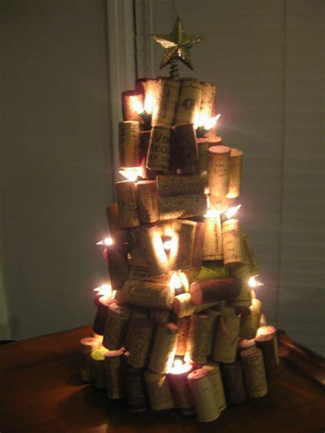 un lit christmas trees