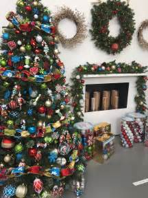 indoor holiday decorating with the home depot on facebook