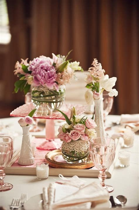 Lace Wrapped Glass Vases Unique Centerpiece Ideas Unique Centerpieces Weddings