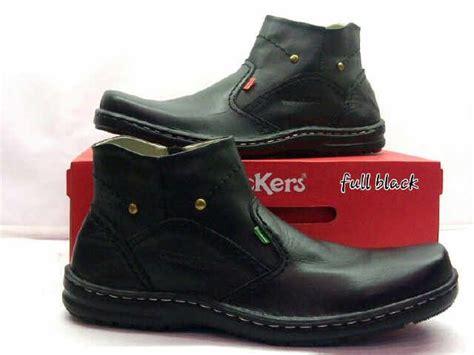 Sepatu Kickers Boots 39 43 25 ide terbaik sepatu boot pria di sepatu