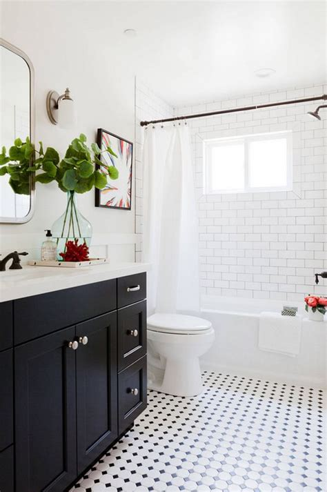 White And Black Bathroom Ideas by 10 Chic Black And White Bathroom Ideas