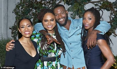 queen sugar adds dawn lyen gardner kofi siriboe omar j dorsey katie holmes poses with her mother kathleen at ava