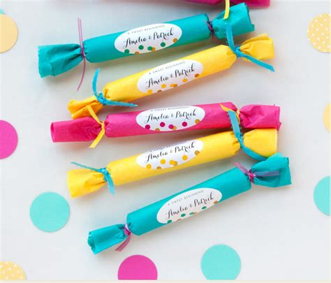 How To Make Wedding Giveaways - diy easy wedding favors under 1 sohosonnet creative living